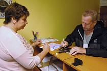 Vydávání řidičských průkazů na příslušných úřadech prochází změnou. Ilustrační foto
