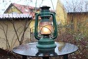 Skauti rozdávali Betlémské světlo.