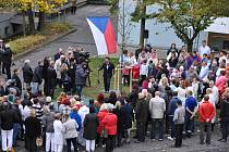 Slavnostní zasazení pamětní lípy ke 100 letům Československa se uskutečnilo ve čtvrtek 25. října.