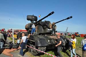 Dny NATO v Ostravě se strakonickými vojáky.