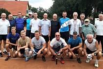 Tenisté si ve Volyni zahráli debly.