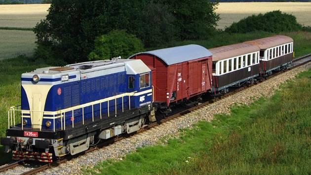 Nevšední zážitek, svezte se vlaky s historickou lokomotivou.