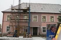 Základní škola ve Střelských Hošticích prochází rekonstrukcí.