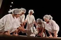 Strakonický dům kultury ovládlo na celé pondělí dětské divadlo.