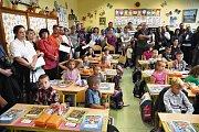 První školní den na ZŠ v Katovicích.