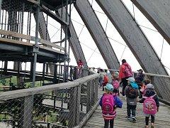 Děti z MŠ Čejetice navštívily Stezku korunami stromů Neuschönau.