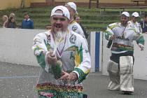 Hokejbalisté Blatné vyhráli krajskou ligu.