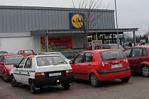 Strakonický supermarket Lidl.