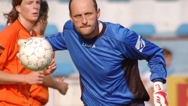 Do branky se v zítřejším pohárovém utkání proti Příbrami postaví Radek Charvát.