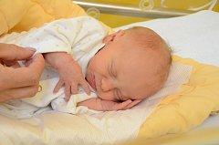 Michaela Vintrová, Čkyně,22.9. 2017 v 8.13 hodin,2400 g. Malá Michaela se máčile k světu.