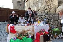 Strakonice - Sobotní adventní trhy pod strakonickým Rumpálem  přivítali mnohé návštěvníky.