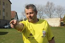 Rozhodčí Miloslav Homola dostal důvěru na řízení finálového duelu Českého poháru - Otavský zlatý.