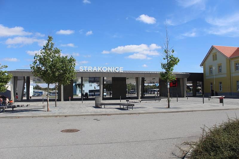 Autobusové nádraží.