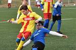 Žáci Junioru Strakonice se v přípravě utkali s fotbalisty FC MAS Táborsko.