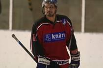 Kapitán strakonických hokejistů Tomáš Růžička.