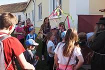 Koledníci v obci Újezd u Vodňan.