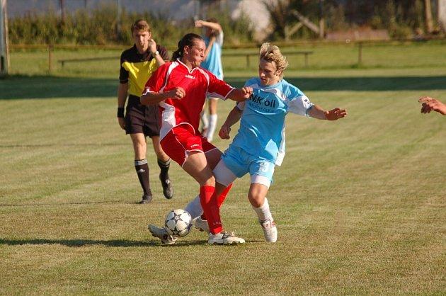 Ve Střelských Hošticích se v sobotu 21. července odehraje zajímavý fotbalový duel.