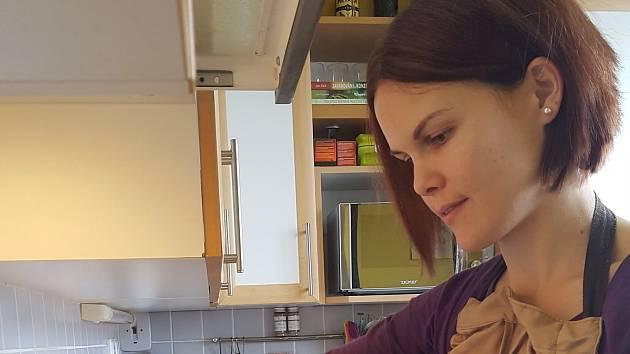 """Strakonice - Lucie Kolaříková ze Strakonic téměř celý život zasedala při štědrovečerní večeři ke smaženému rybímu řízku. V posledních letech jej však již vynechává a říká: """"Změnila jsem pohled na maso, jako na surovinu, takže volím bezmasé vánoční menu."""""""