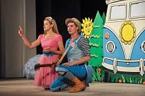 Představení Štístko a Poupěnka – Jedeme na výlet určené pro děti od dvou let zaplnilo v neděli 5. května kulturní dům ve Strakonicích.