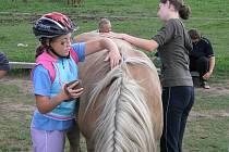 Soptíci strávili odpoledne na koních.