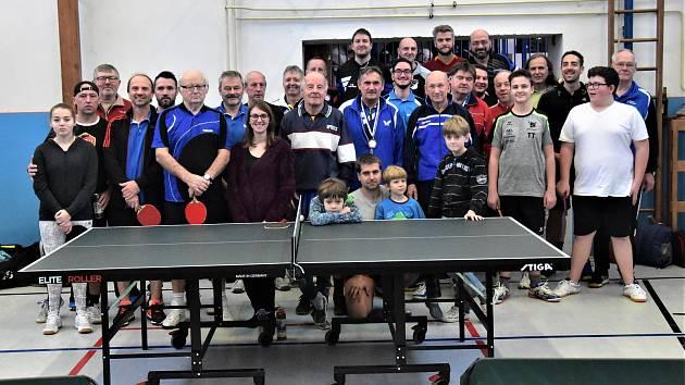 Turnaj odehrálo 28. hráčů.