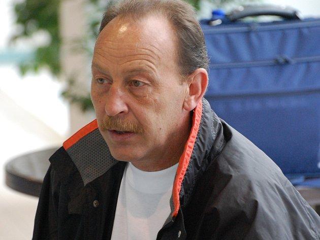Trenér dorostenců Josef Janeček.