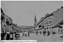 Proměny Palackého náměstí ve Strakonicích.