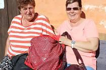 Také Český svaz žen v Radomyšli vybíral kabelky na pomoc talentovaným dětem.