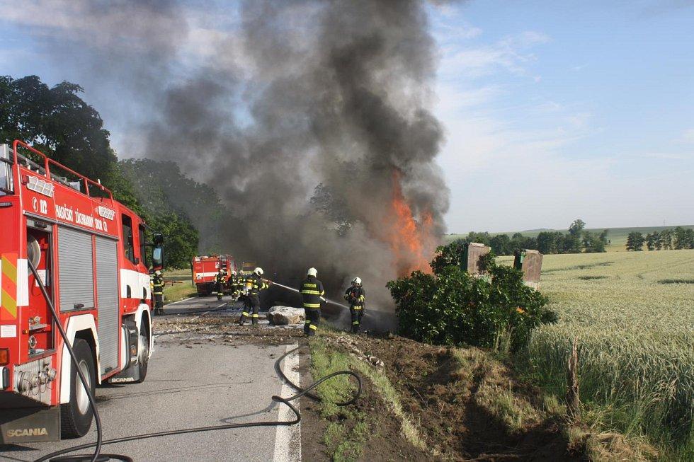 Požár kamiónu, Libějovice.