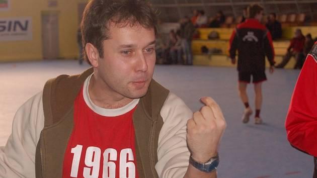 Zprávu o přípravě mladých strakonických házenkářů podal Strakonickému deníku Roman Marienka.