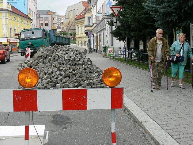 Oprava ulice ve Strakonicích (ilustrační foto).