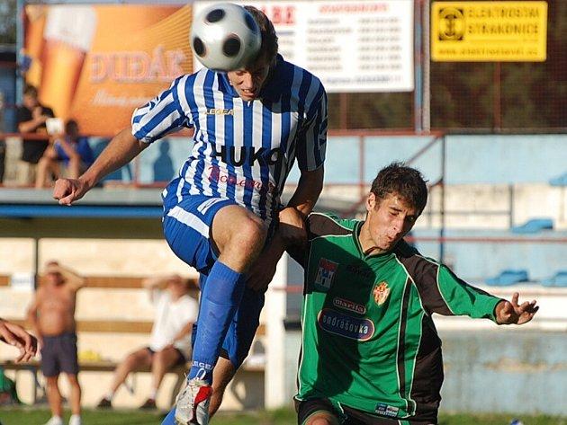 Fotbalisté Strakonic podlehli doma ve 4. kole divize Příbrami B. Stále tak čekají na první výhru v sezoně.