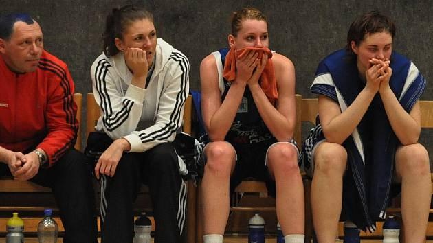 Strakonické basketbalistky dvakrát podlehly Slovance.