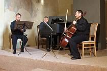 Pražské komorní trio v kapitulní síni.