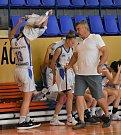Liga kadetky: Strakonice - K. Vary 85:35.