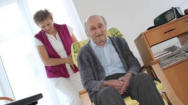 Nové vybavení domovů pro seniory ve Strakonicích zlepší komfort pro klienty a ulehčí práci personálu.