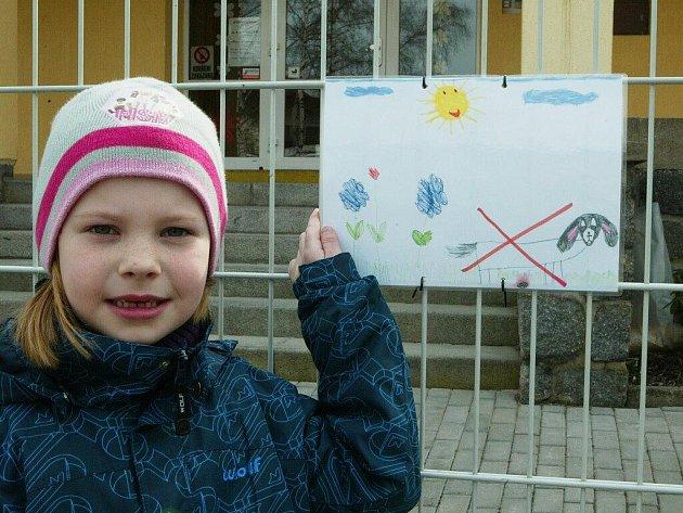Děti malovaly vzkaz dospělákům.