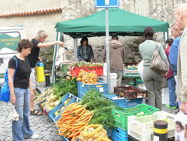 Farmářské trhy ve Strakonicích.