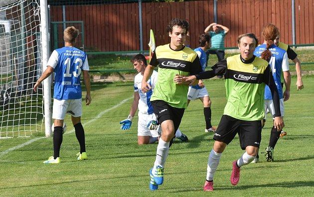 Fotbalisté Oseku doma podlehli Táborsku B 2:3.
