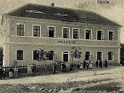 Bývalá škola ve Strunkovicích nad Volyňkou.
