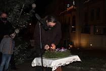 Zahájení Adventu ve Strakonicích. Rozsvícení vánočního stromu.