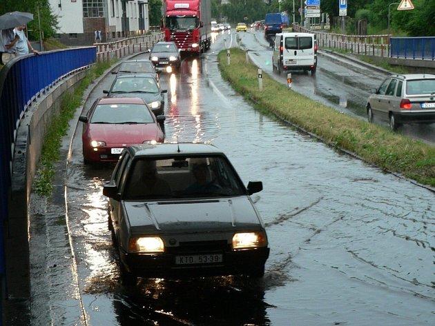 Viadukt byl opět pod vodou