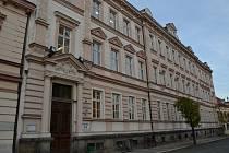 Základní škola a Gymnázium Vodňany bude mít v objektu v Alešově ulici výtah.