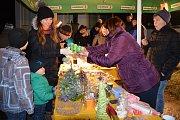 OBRAZEM: Mnichov - V sobotu 16. prosince se sešli mnichovské děti a Český červený kříž na zpívání v kapličce.
