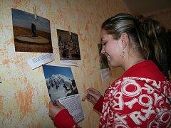 Výstava fotografií ve Fokusu.