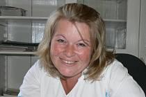 Staniční sestra Šárka Švecová.