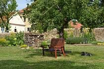 Přírodní zahrada v Chelčicích.