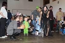 Dětský smích byl v neděli 17. února slyšet z kulturního domu v Cehnicích. Konal se tam maškarní karneval.