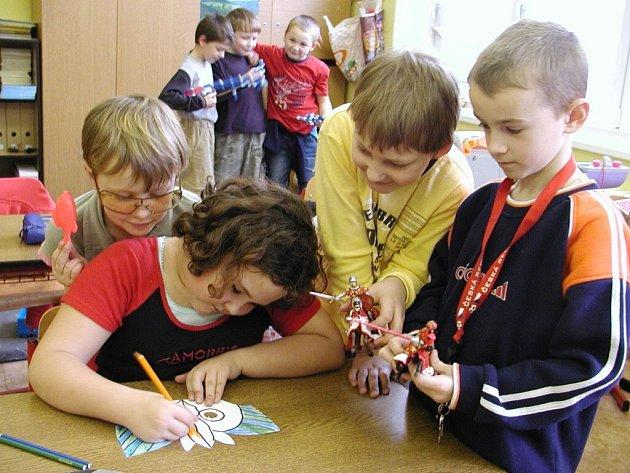 Děti ze školní družiny ZŠ T.G.Masaryka v Blatné. Ilustrační foto.