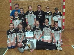 Házenkářský tým mladších žákyň Strakonic skončil na turnaji druhý.